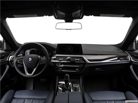 2019 BMW 5 Series photo