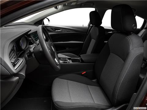 2019 Buick Regal Sportback photo