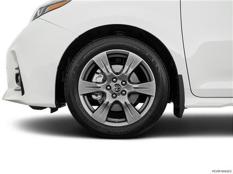 2020 Toyota Sienna photo