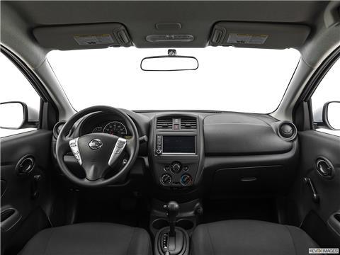 2019 Nissan Versa photo