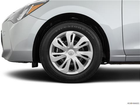 2020 Toyota Yaris photo