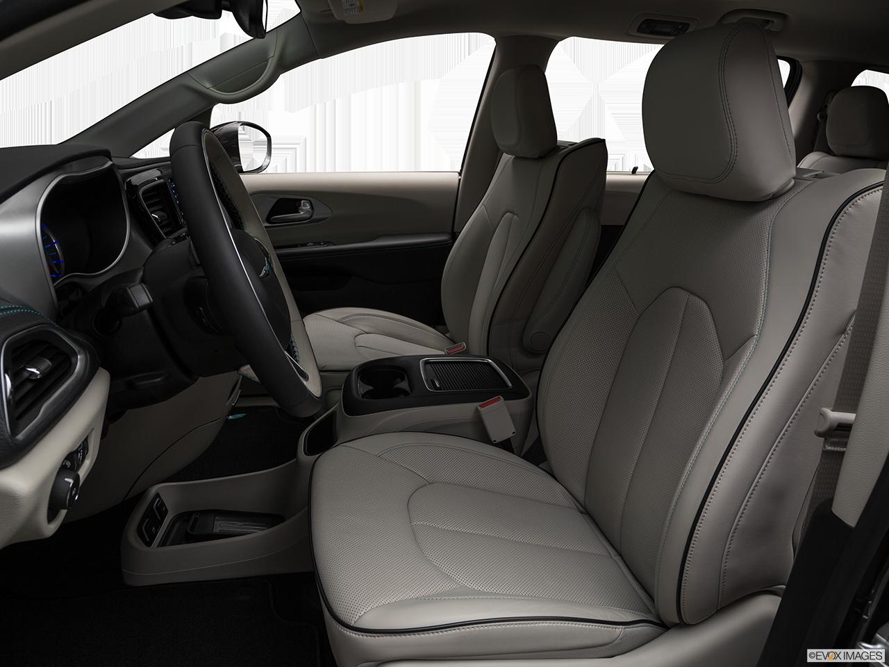 2020 Chrysler Pacifica Hybrid photo