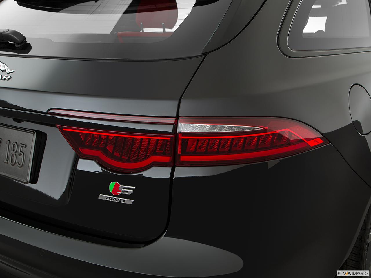 2019 Jaguar XF Sportbrake photo