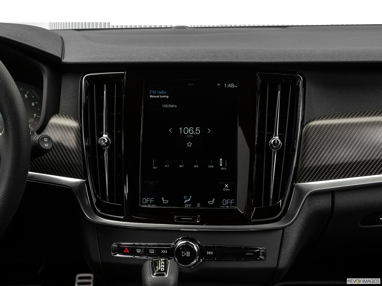 2019 Volvo V90 photo