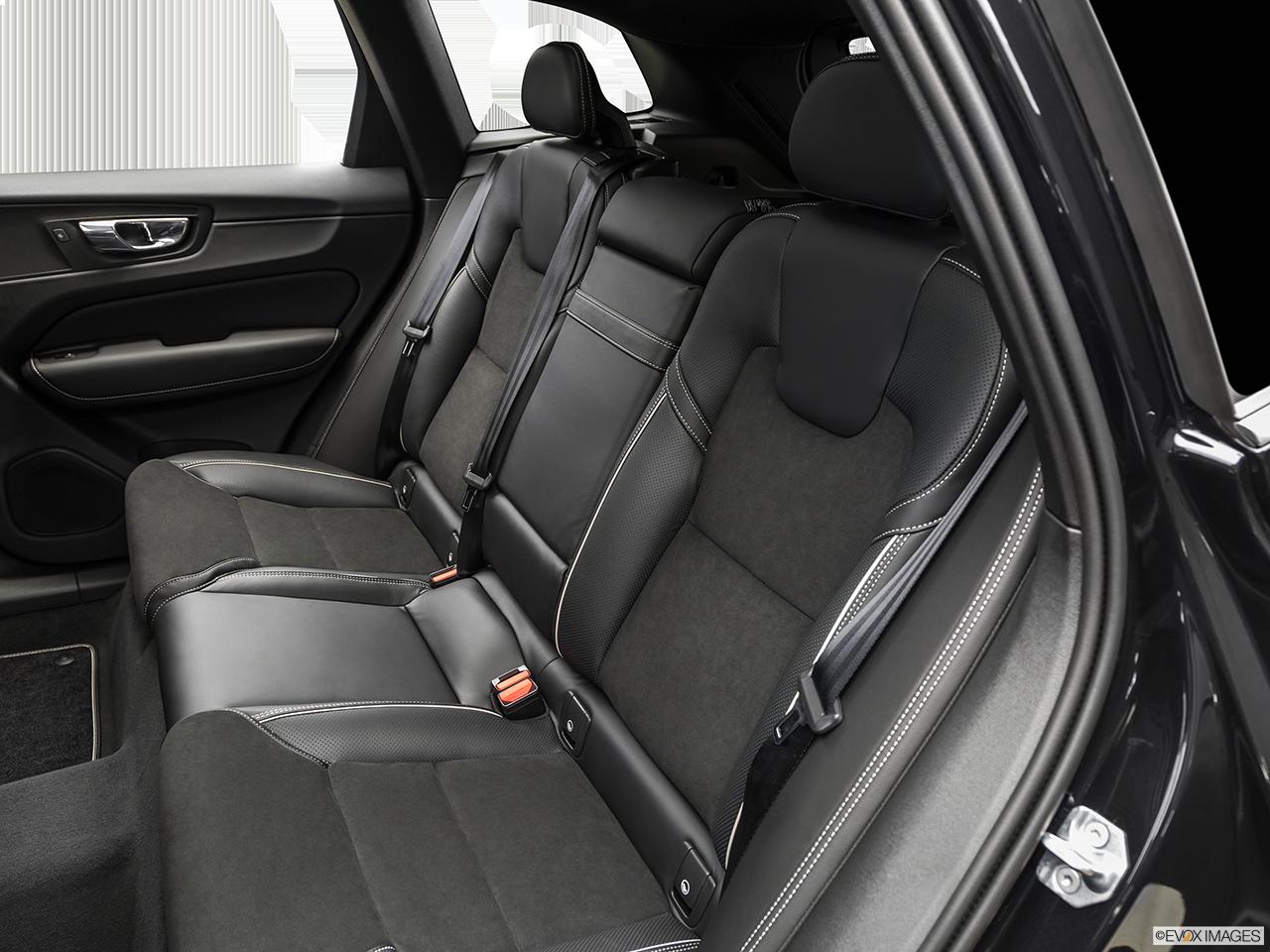 2019 Volvo XC60 photo