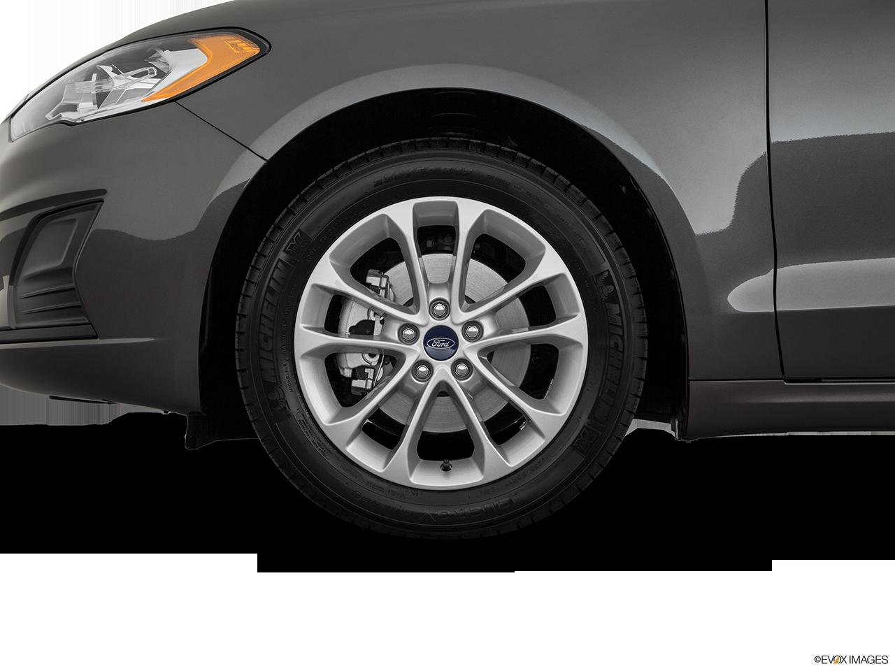 2020 Ford Fusion photo