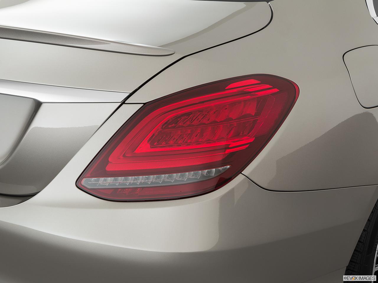 2020 Mercedes-Benz C-Class photo