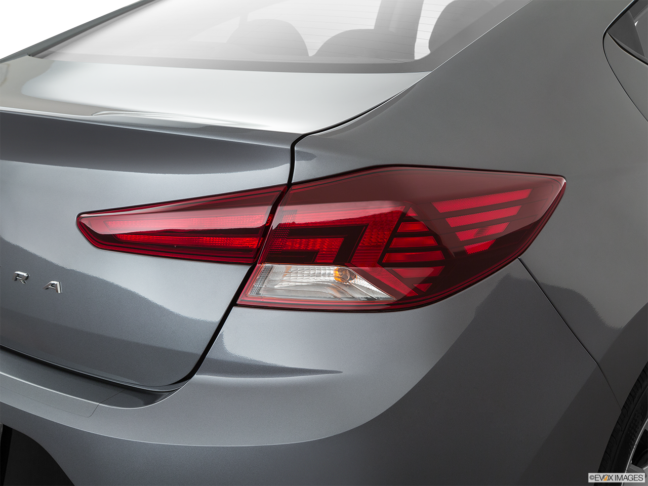 2020 Hyundai Elantra photo