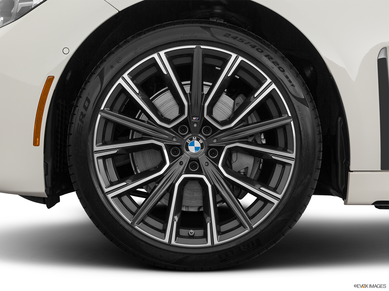 2020 BMW 7 Series photo