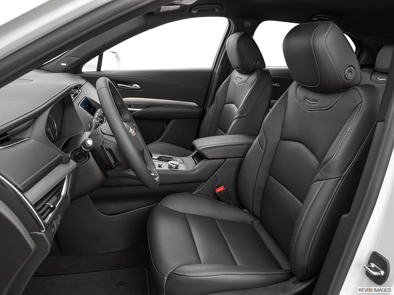 2020 Cadillac XT4 photo